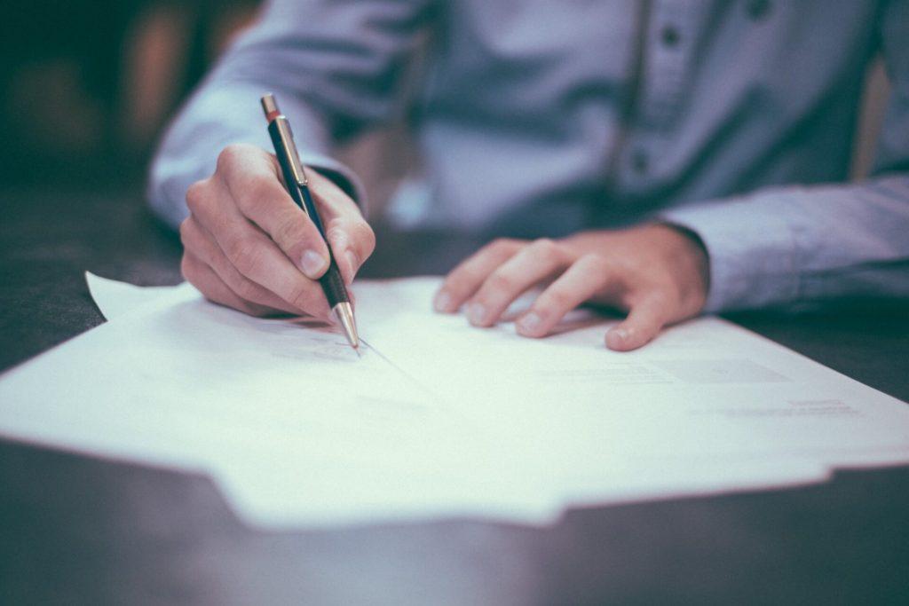 残業代請求の方法(ご自身で請求する場合/弁護士に依頼をした場合)